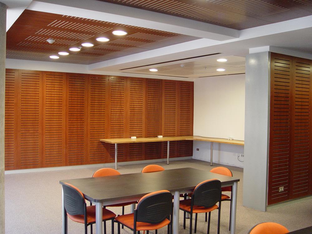 Productos interiores basa arquitectura y dise o Revestimiento de madera para muros interiores