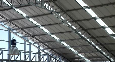 CD50E-51C:  Panel diseñado para ser utilizado como cubierta, asegurando total estanqueidad.